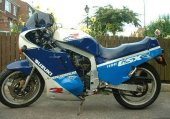 1988 Suzuki GSX-R 1100 photo