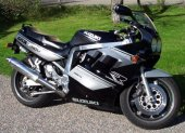 1990 Suzuki GSX-R 1100 photo