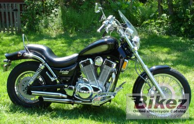 1990 Suzuki VS 1400 Intruder specifications and pictures