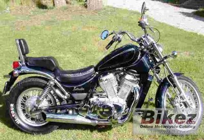 1990 Suzuki VS 750 Intruder specifications and pictures