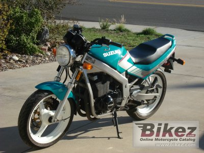 1991 Suzuki GSX 600 F (reduced effect)