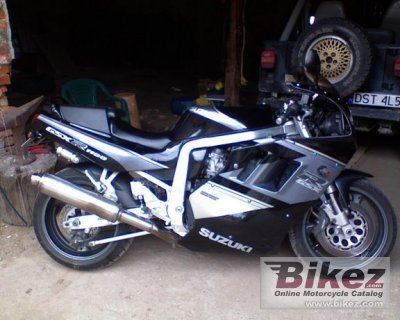1991 Suzuki GSX-R 1100 (reduced effect)