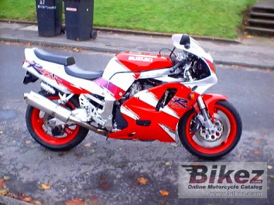 1993 Suzuki GSX-R 750 specifications and pictures