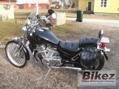 1995 Suzuki VS 600 GL Intruder photo