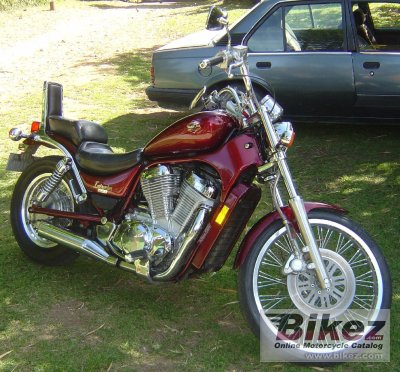 1995 Suzuki VS 800 Intruder photo