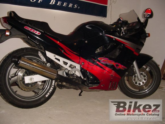 1997 Suzuki GSX 600 F photo