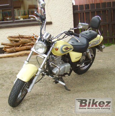 2000 Suzuki GZ Marauder 125 specifications and pictures