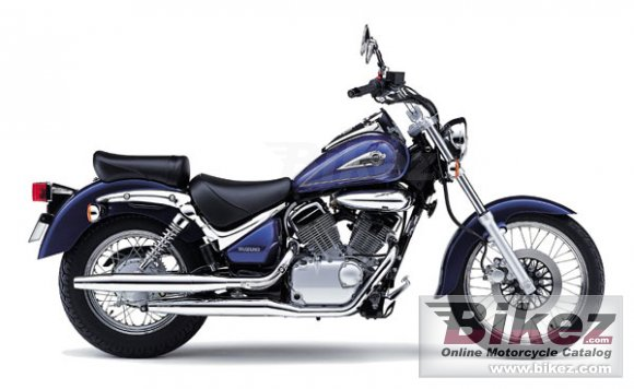 2001 Suzuki VL 125 LC Intruder photo