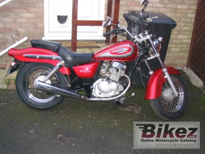 2001 suzuki gz 125 marauder specifications and pictures. Black Bedroom Furniture Sets. Home Design Ideas