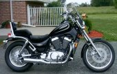 2004 Suzuki Intruder 800 photo