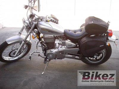 2004 Suzuki Savage 650 photo