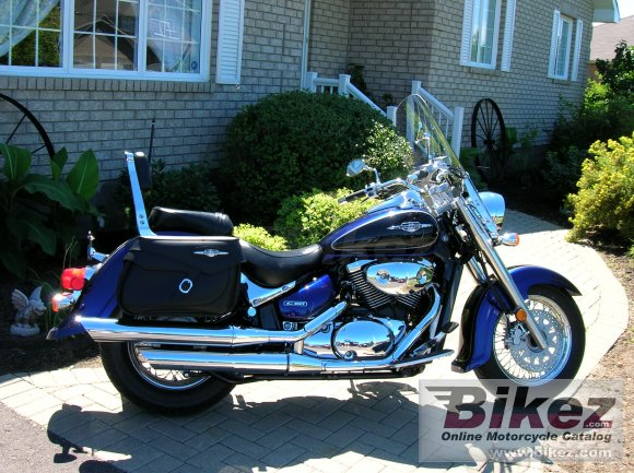 2005 Suzuki Boulevard C90 photo