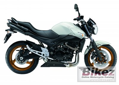 2010 Suzuki GSR 600 photo