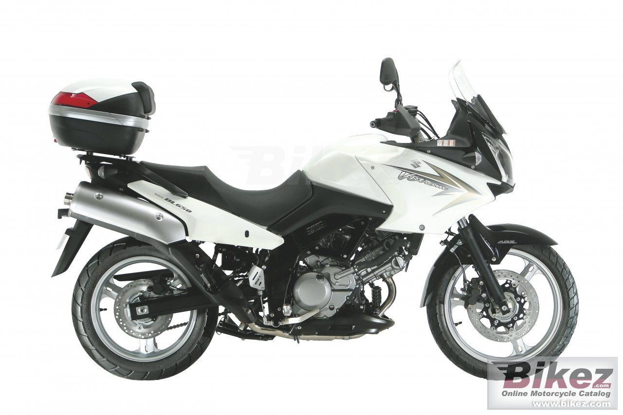Big Suzuki v-strom 650 traveller picture and wallpaper from Bikez.com