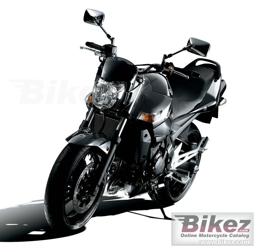 Big Suzuki gsr 400 picture and wallpaper from Bikez.com