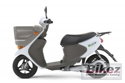 2012 Suzuki e-Lets photo