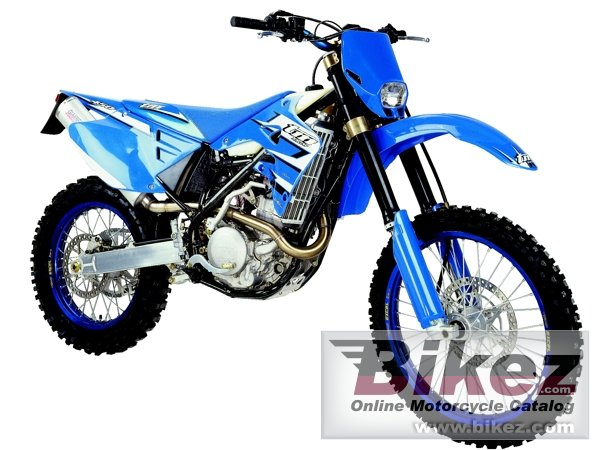 Big TM racing en 250 f e.s. picture and wallpaper from Bikez.com
