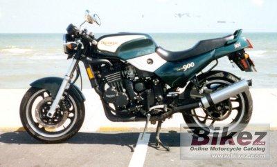 1996 Triumph Trident 900