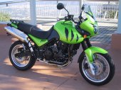 2001 Triumph Tiger 955i photo