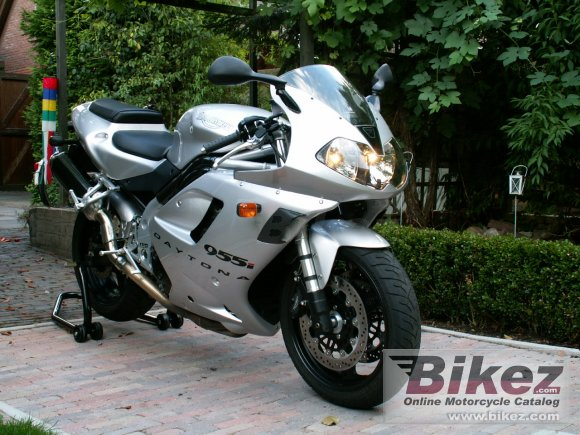 2003 Triumph Daytona 955i photo