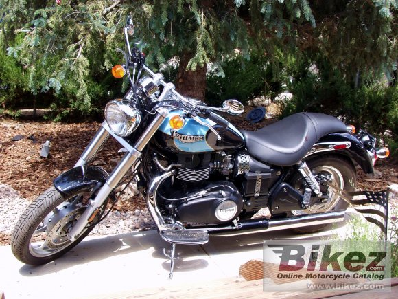 2004 Triumph Speedmaster photo