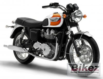 2005 Triumph Bonneville T 100 photo