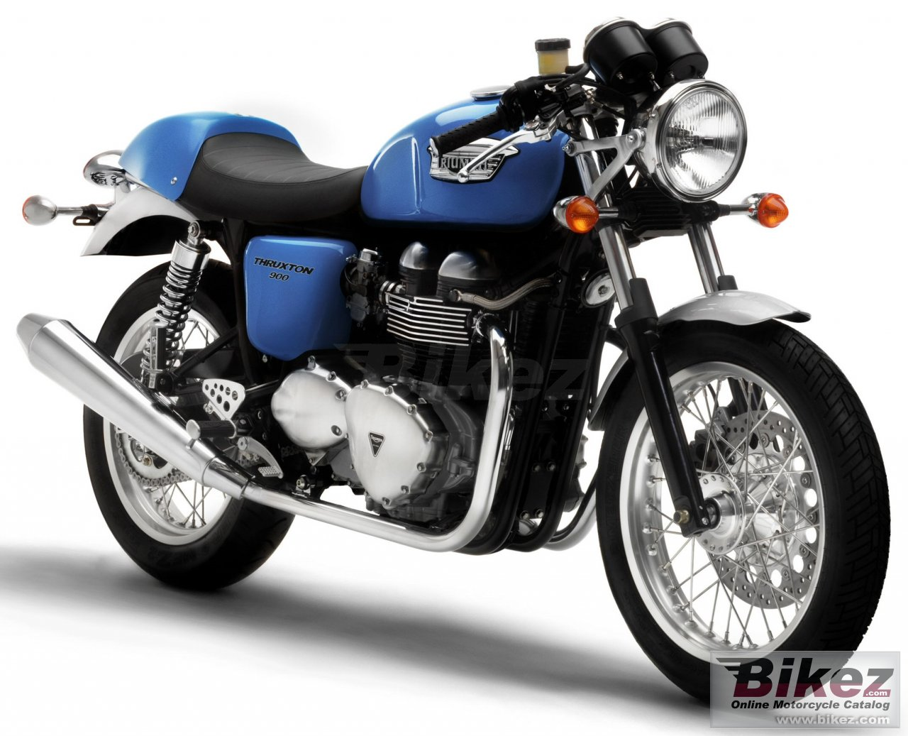 Big Triumph thruxton 900 picture and wallpaper from Bikez.com