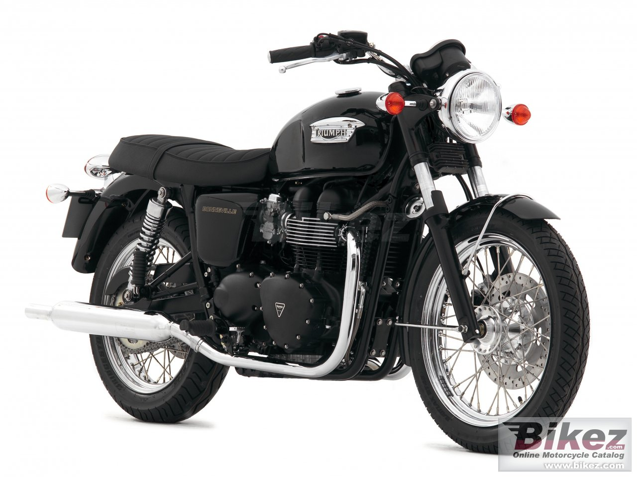 Big Triumph bonneville black picture and wallpaper from Bikez.com