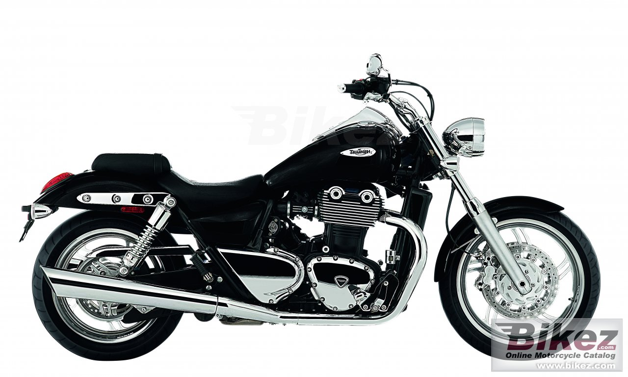 Big Triumph thunderbird picture and wallpaper from Bikez.com