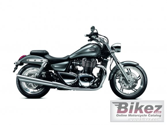 2011 Triumph Thunderbird photo