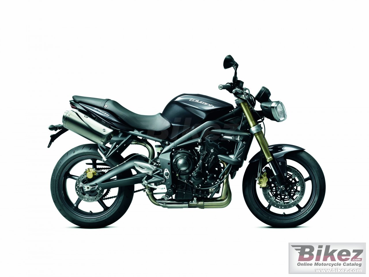Big Triumph street triple picture and wallpaper from Bikez.com