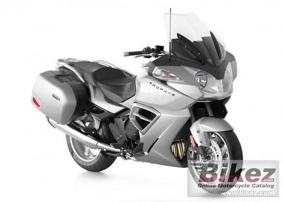2013 Triumph Trophy SE photo