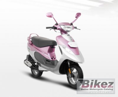 Super 2011 Tvs Scooty Pep Plus Specifications And Pictures Alphanode Cool Chair Designs And Ideas Alphanodeonline