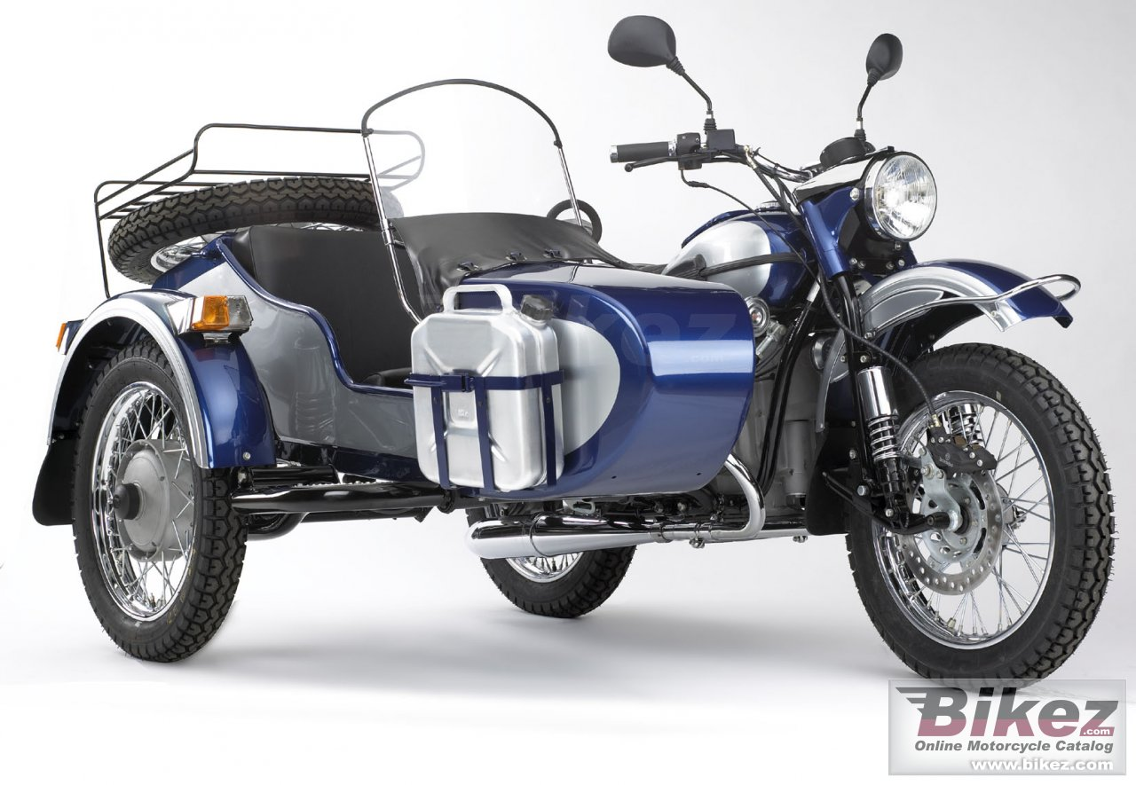 Big Ural sportsman 750 picture and wallpaper from Bikez.com