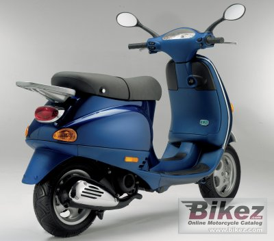 2005 Vespa ET2 50 photo