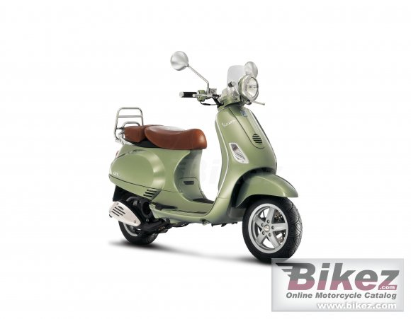 2007 Vespa LXV 125 photo