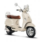 2009 Vespa LXV 50 photo