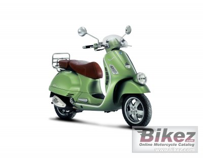 2009 Vespa GTV 250ie photo
