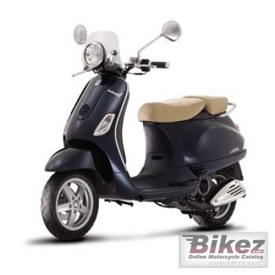 2009 Vespa LX 50 Navy photo