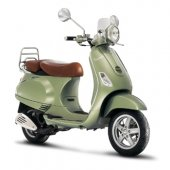 2009 Vespa LXV 150 photo