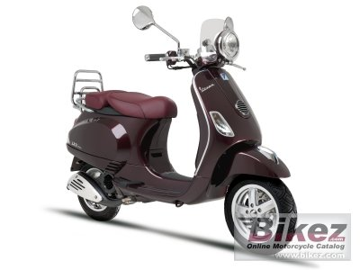 2011 Vespa LXV 125 i.e. photo
