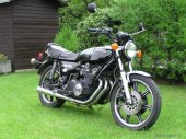 1977 Yamaha XS 750 photo