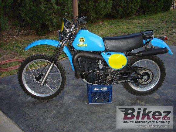 Yamaha IT 250 E