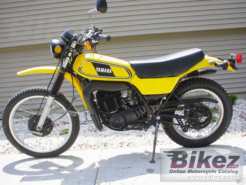 Yamaha DT 400 MX picture on
