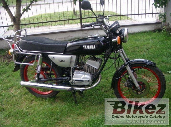 A RS 100 rs 100