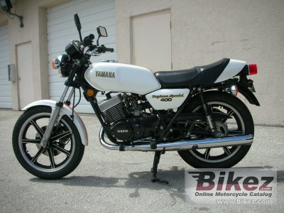1979 Yamaha RD 400 specifications and pictures