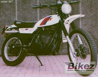1981 Yamaha DT 250 MX photo