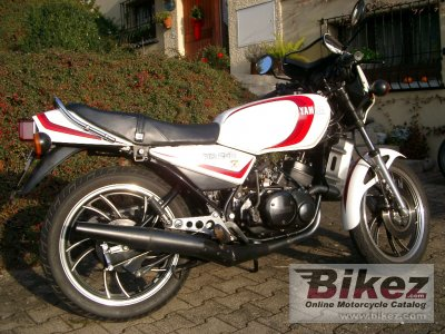 1982 yamaha rd 250 lc specifications and pictures. Black Bedroom Furniture Sets. Home Design Ideas