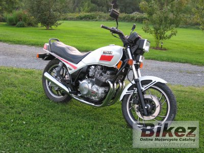 1982 Yamaha XJ 750 Seca specifications and pictures