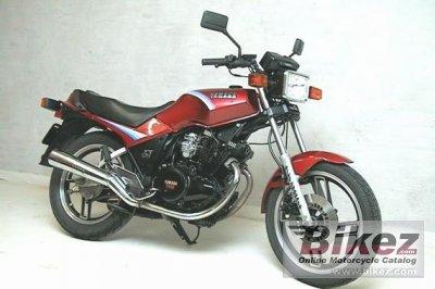 Maxim likewise Yamxs Gr besides Xs Se besides Yamaha Xs Sf Midnight Special also Yamaha Xs Se Lgw. on 1982 yamaha xs 400 specs
